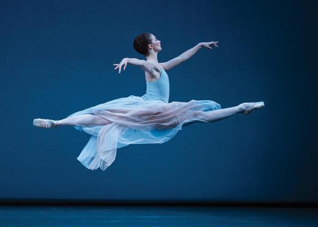 ballet-jump